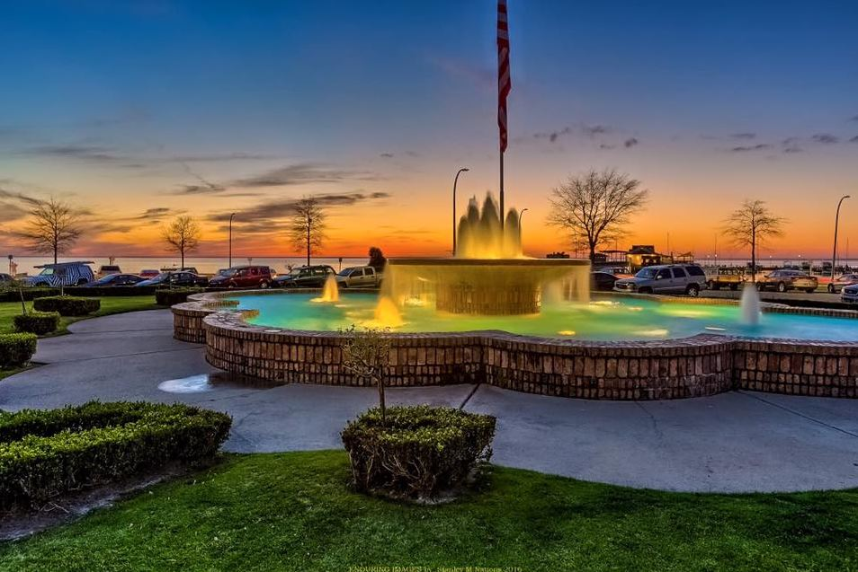 Fairhope pier fountain_Stanley Nations